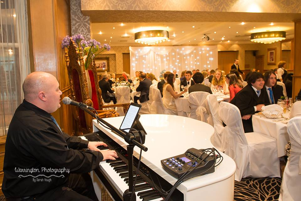Mark the Piano Guy at Fir Grove Cheshire Wedding Venue